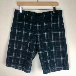 Hurley Gray Flat Front Shorts Size 31
